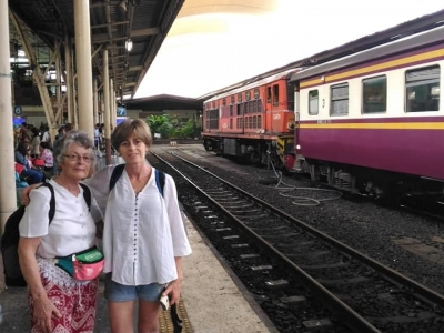 Janneke & mother waiting for the train to Bangsaphan Yai at Hua Lamphong Station, Bangkok