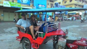 Avoid scams when backpacking. A reliable Tuk-Tuk driver in Cambodia